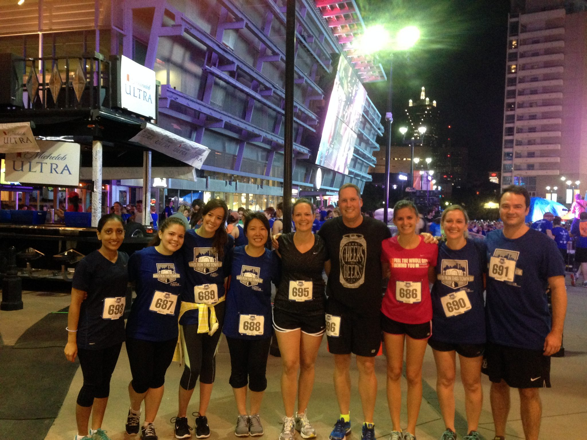 Mavs 5K Group Picture